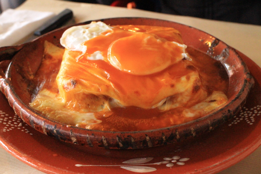 Francesinha at Porto by Su-Ming