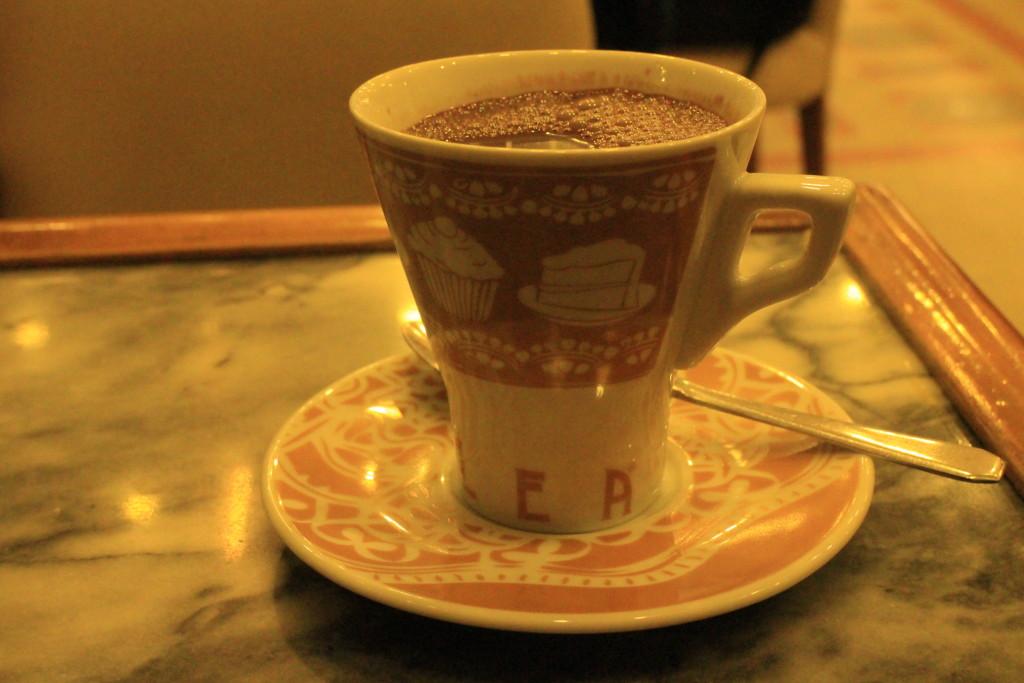 Casa chocolate at Porto by Su-Ming