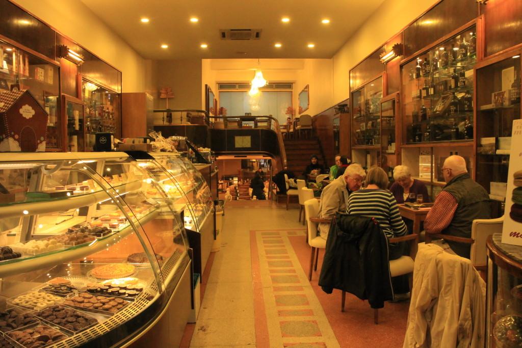 Casa de chocolate at Porto by Su-Ming