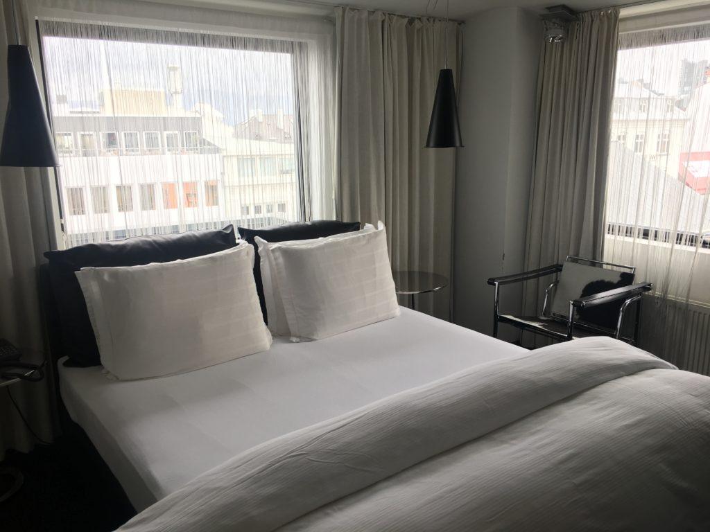 帶爸媽自駕環冰島攻略:Centerhotel Thingholt飯店