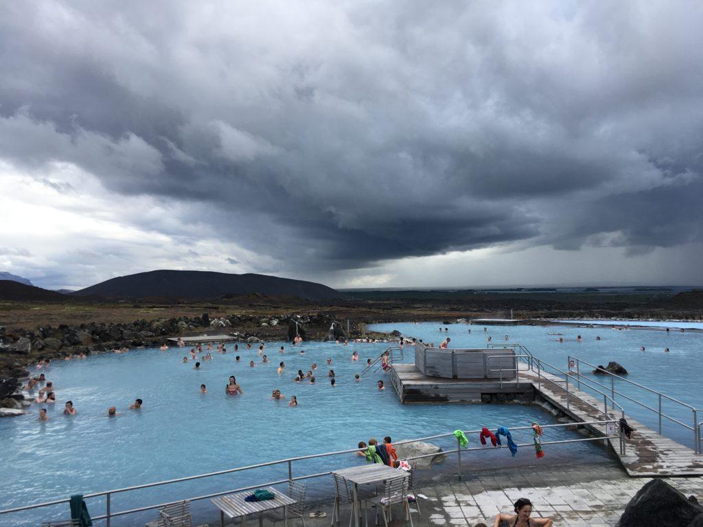 帶爸媽自駕環冰島攻略:泡米湖溫泉