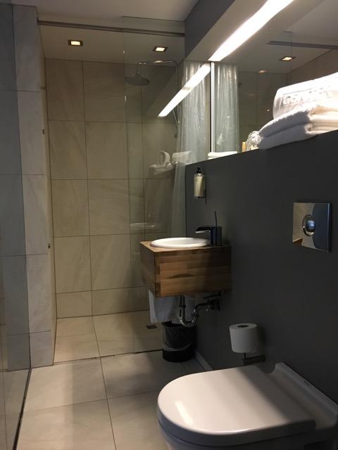 冰島雷克雅維克住宿CenterHotel Thingholt浴室1
