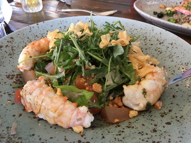冰島環島自駕行程Day1:Selfoss的Tryggvaskali 餐廳小龍蝦沙拉