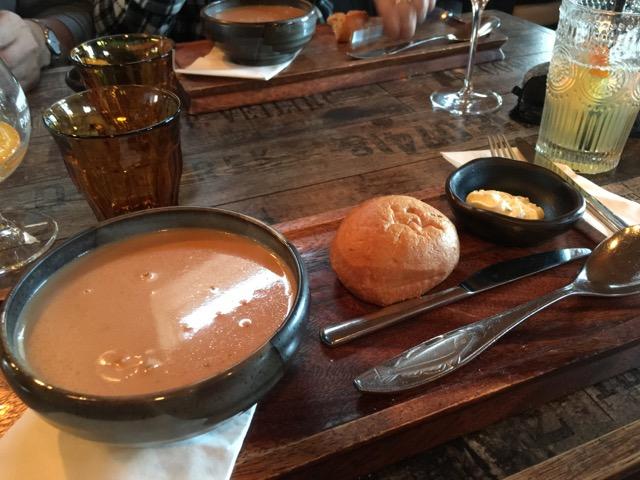 冰島環島自駕環島攻略Hofn鎮Pakkhús餐廳吃小龍蝦