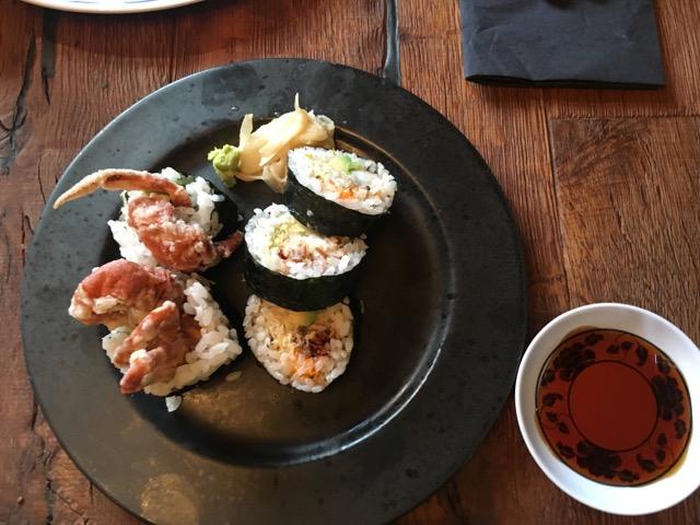 冰島環島自駕環島攻略Day4:東海岸食記Seydisfjordur Nord Austur Sushi & Bar 軟殼蟹壽司
