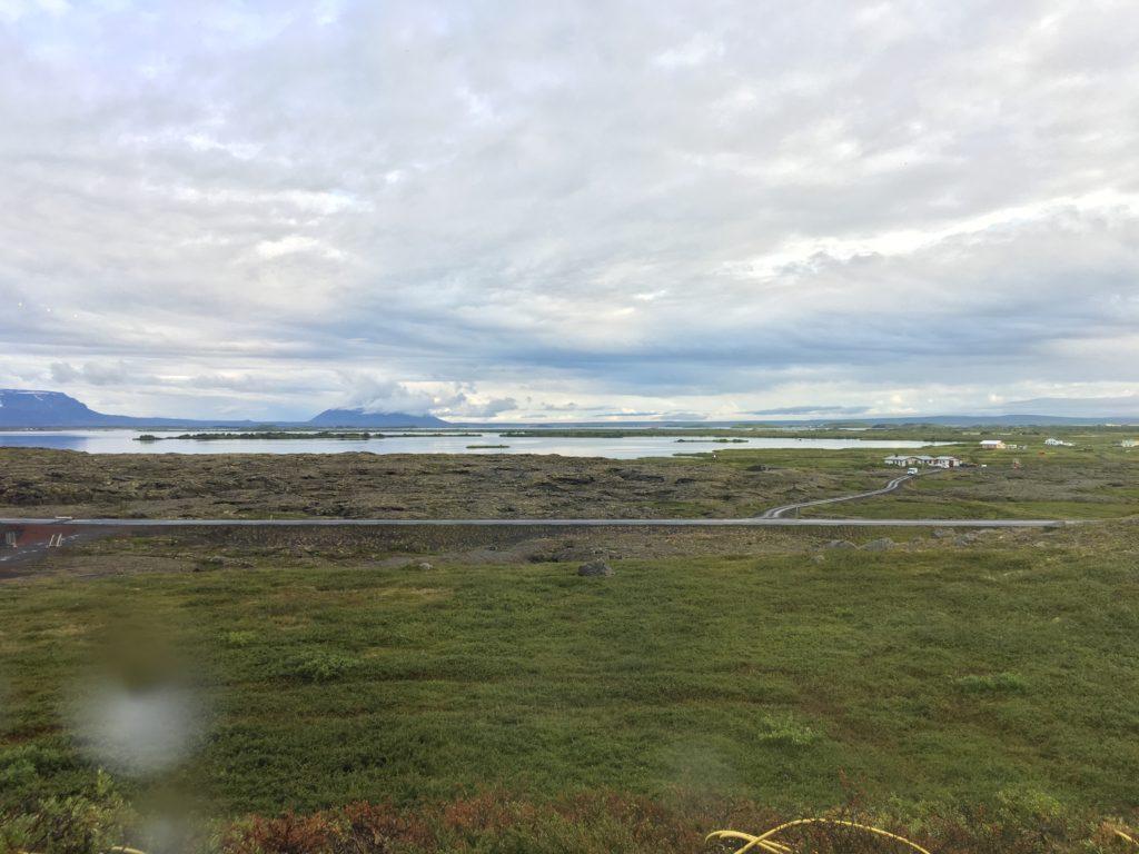 冰島環島自駕環島攻略Day5:Hverir地熱、Vogafjós Cowshed Cafe跟牛一起吃午餐、Hverfjall火山口健行、Mývatn Nature Baths米湖溫泉、Fosshotel Mývatn不推薦