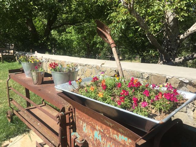 希臘天空之城Meteora住宿推薦 Montanema Handmade Village可愛又療癒