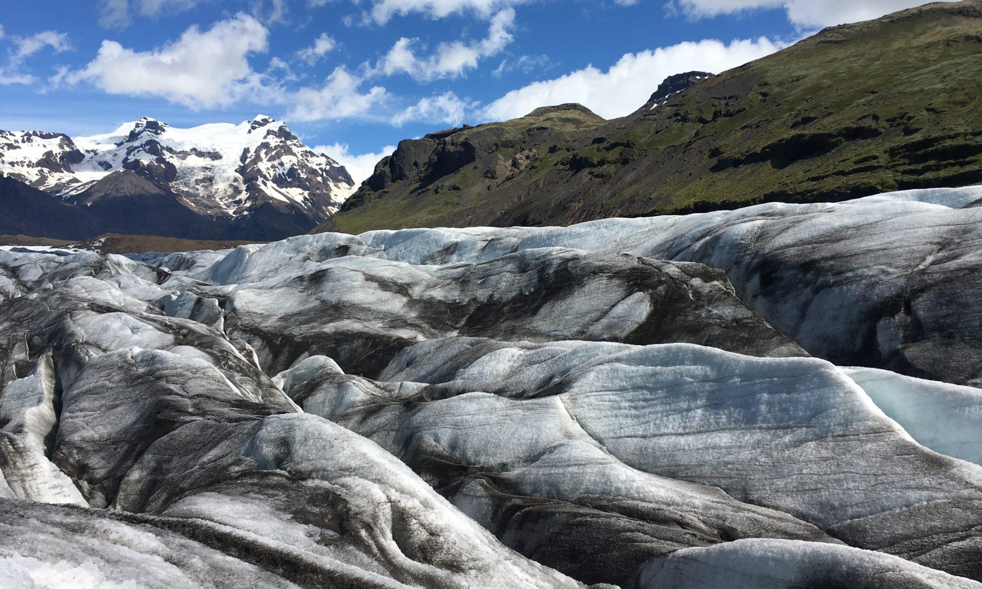 帶爸媽自駕環冰島攻略:冰原健行團