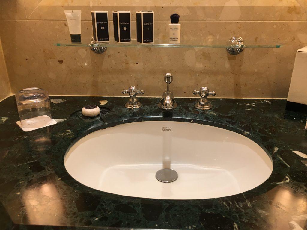 半島酒店Peninsula Bangkok客房浴室