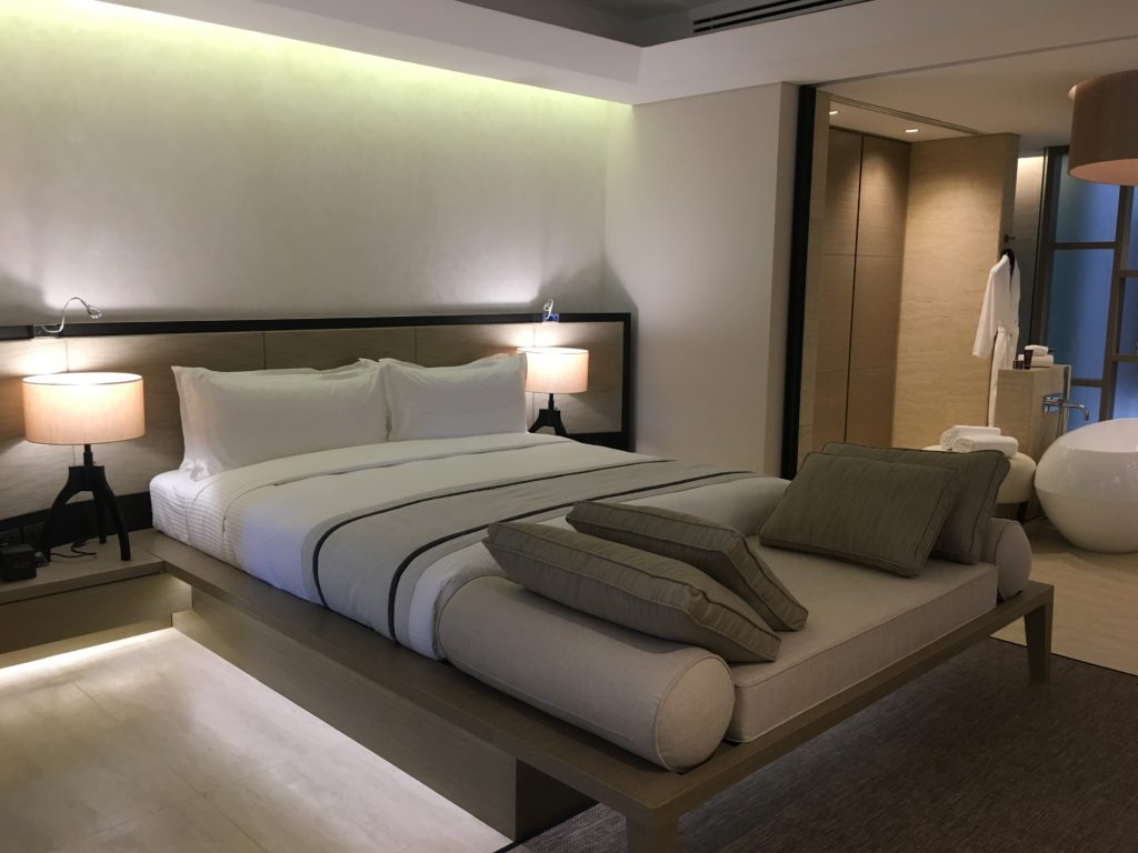 泰國蘇美島住宿|Ritz-Carlton度假村套房臥室