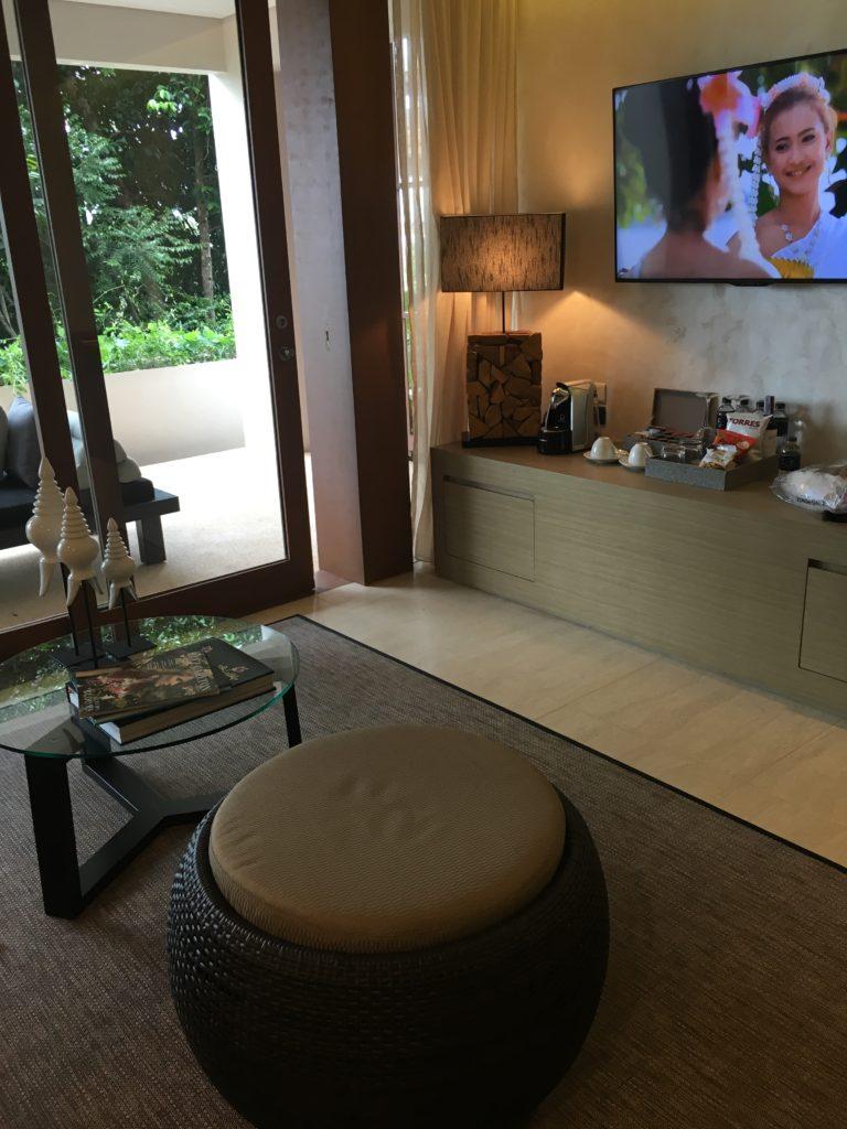 泰國蘇美島住宿|Ritz-Carlton度假村套房客廳