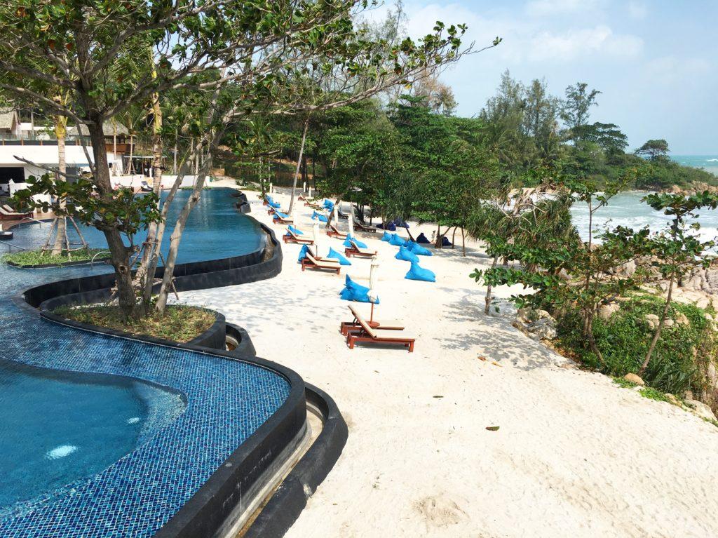 泰國蘇美島住宿|Ritz-Carlton度假村泳池與海灘