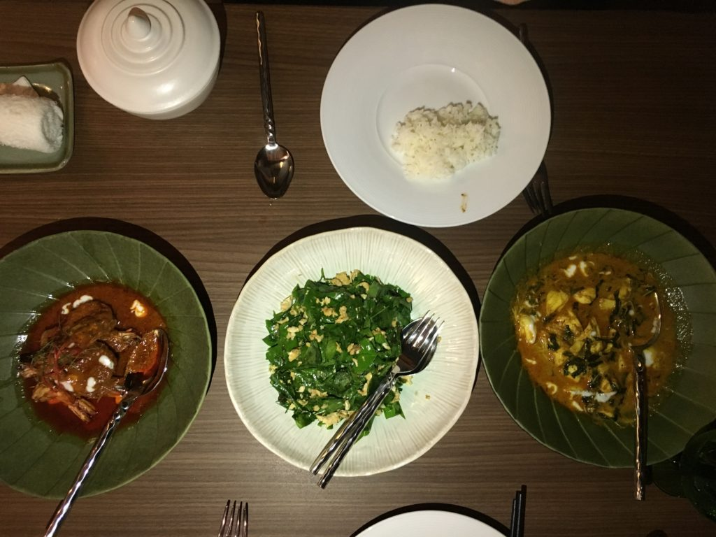 泰國蘇美島住宿|Ritz-Carlton度假村Pak Tai泰式餐廳