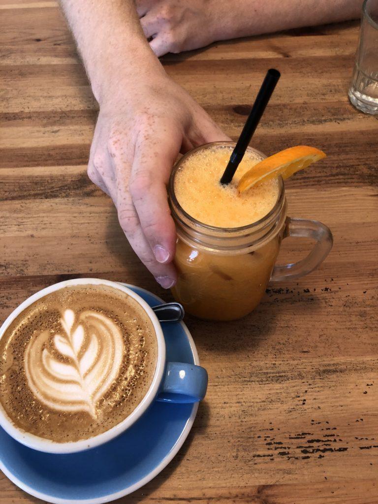 瑞典斯德哥爾摩食記:brunch club咖啡果汁